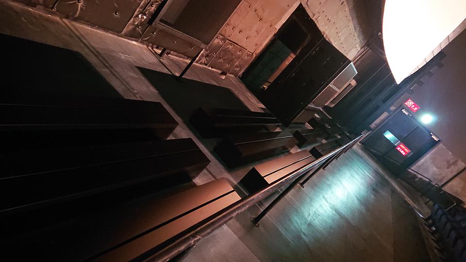 aスタジオ「ヘルムホルツ共鳴器」装備/『REDLINE』石井克人トークショーほか